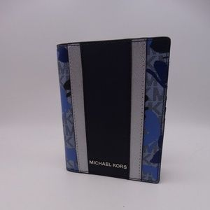 Michael Kors Butterflies Passport/Wallet